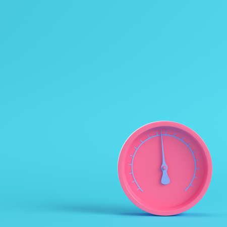 Pink gauge on bright blue background in pastel colors. Minimalism concept. 3d render Фото со стока