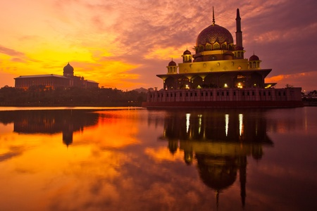 malaysia culture: Putra Mosque in Putrajaya Malaysia at sunrise Stock Photo