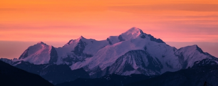 Mont Blanc at dawn
