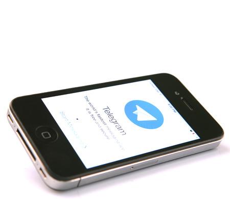 telegrama: KUALA LUMPUR, Malasia - el 19 de enero de 2015. Lanzado en 2013, el telegrama es un sistema de mensajer�a instant�nea multiplataforma y en diciembre de 2014, Telegrama anunciado que ten�an 50 millones de usuarios activos.