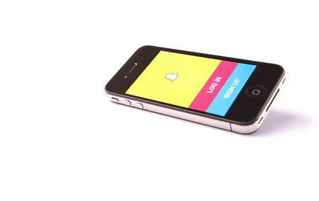 KUALA LUMPUR, Maleisië - 17 januari, 2015. Uitgebracht in september 2011, Snapchat is populair een foto messaging applicatie .. In 2014 Snapchat werd gezegd te worden gewaardeerd op $ 10- $ 20000000000.
