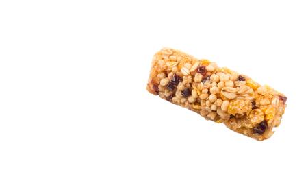 cereal bar: Barra de cereal sobre fondo blanco