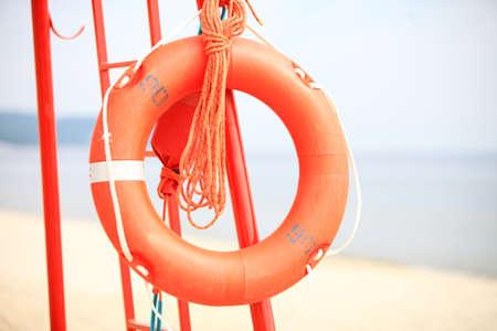 buoyancy: Salvavidas Beach. Salvavidas equipos de rescate salvavidas naranja ayuda a la flotabilidad