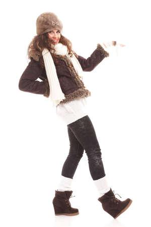 83ec5e11dbea Retrato De La Moda De Invierno Mujer Hermosa En Ropa De Abrigo ...