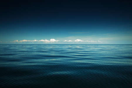 the ocean: Beautiful seascape evening sea horizon and sky. Tranquil scene. Natural composition of nature.