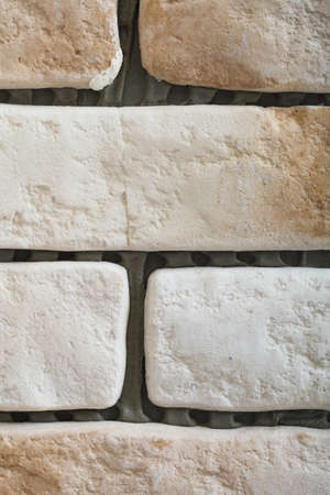 clinker tile: Renovaci�n en el azulejo de la pared de ladrillo clinker como la textura de fondo