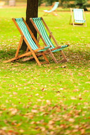 st jamess: Travel and tourism. Empty chairs in St. Jamess Park London