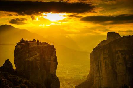 Monastery of the Holy Trinity on cliff. Greek destinations. The Meteora monasteries, Greece Kalambaka. UNESCO World Heritage site. Standard-Bild