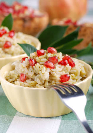 İtalyan mutfağı: rice with pomegranate seeds - Italian cuisine