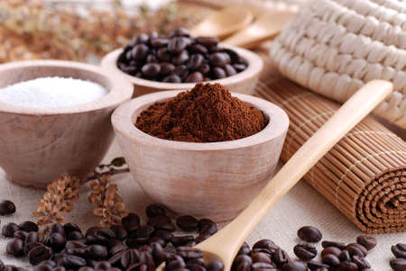 ground coffee in wooden bowl Stock Photo - 17965745