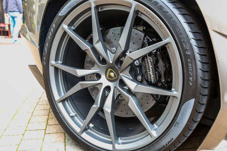 REDMOND, WA - APRIL 29, 2017: Logo of Lamborghini on wheel at Exotic car show at Redmond Town Center. The Largest Weekly Gathering Of Exotic Cars In The USA. Redakční