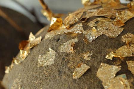 goldfolie: Loknimit Goldfolie angebracht