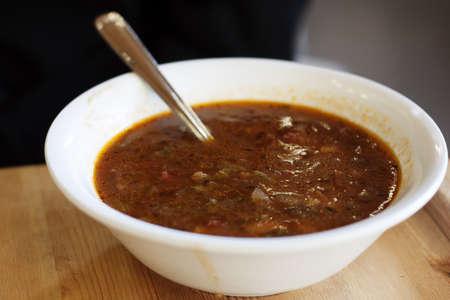 トレンディーな飲食店に牛肉大麦のスープ 写真素材