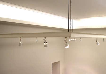 천장에 조명기구