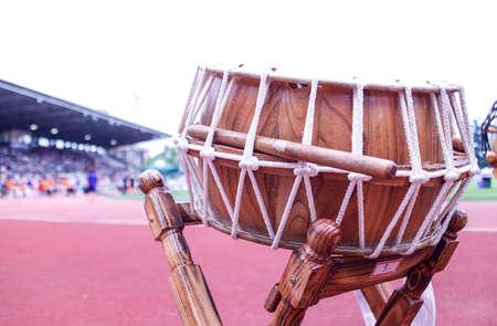 축제장에서 한국의 대형 드럼