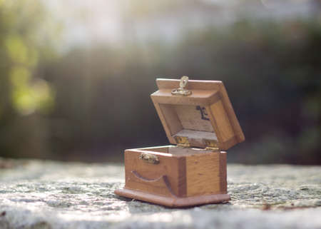 mystery box atop stone slab 스톡 콘텐츠