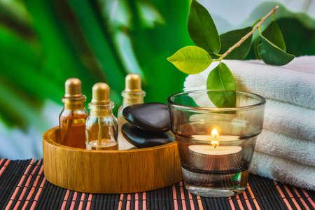 Werkzeuge und Zubehör für Spa-Behandlungen und Entspannung