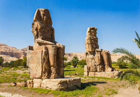 Colosos de Memnon, el Valle de los Reyes, Luxor, Egipto, 2012 años Foto de archivo - 15905847