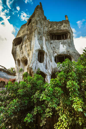 guesthouse: DA LAT, VIETNAM - NOV 26: Hang Nga guesthouse, popularly known as the Crazy House on Nov 26, 2014, in Dalat, Vietnam. It is designed and constructed by Vietnamese woman architect Dang Viet Nga