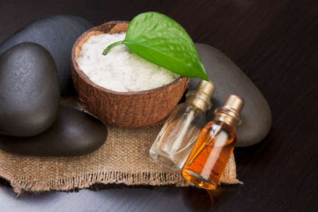 still-life subjects of relaxing spa treatments Stock Photo - 66023810