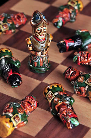 spaniards: Ecuadorian chess pieces between Incas and Spaniards