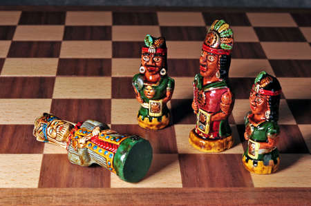 spaniards: Ecuadorian chess pieces between Incas and Spaniards