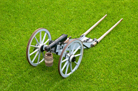 16th century: Old canon on wheels in exhibition in the center of an old fort, Castillo de San Marcos, St. Augustine, Florida. 16th century