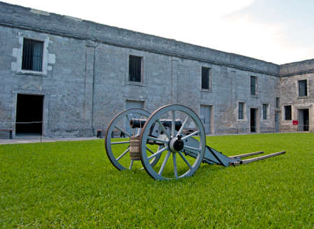 16th century: Old canon on wheels in exhibition inside the fort. Castillo de San Marcos, St. Augustine, Florida. 16th century