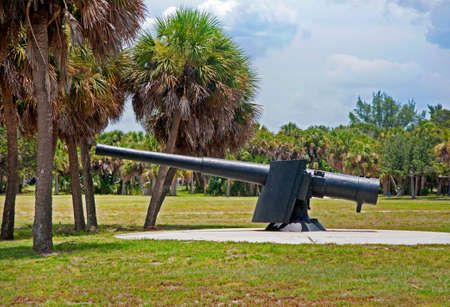 Late nineteenth (19th) century iron cannon, in exhibition. Fort De Soto, Florida Stock Photo