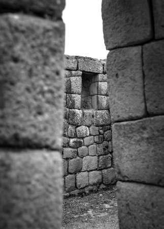 Ancient Ingapirca ruins in the Azuay province, Ecuador. The largest Inca ruins in Ecuador. Black and white Foto de archivo