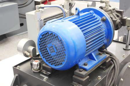 alternateur: puissants moteurs ?lectriques pour ?quipements industriels modernes
