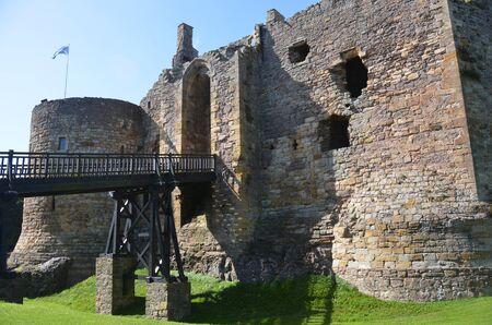 lothian: Dirleton Castle