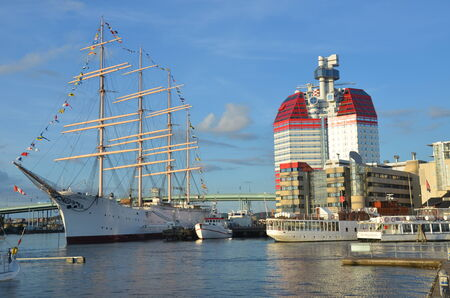 gothenburg: Ship and Tower