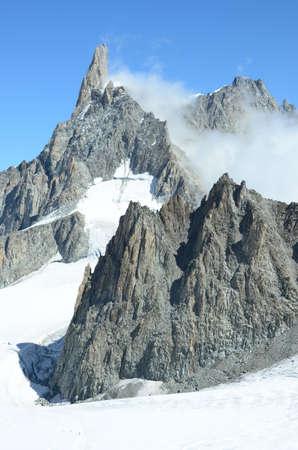 pinnacle: Cloud Around Pinnacle