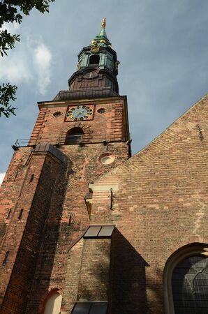 numeros romanos: Iglesia Torre