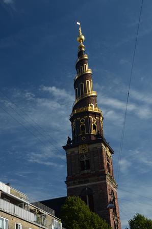 numeros romanos: Vista de la torre de la iglesia