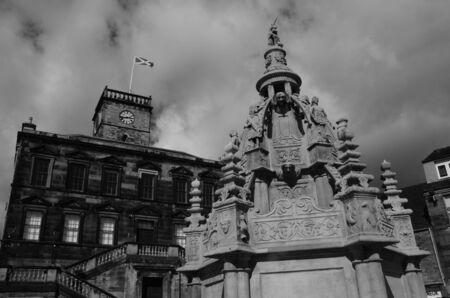 numeros romanos: Arquitectura medieval en Escocia en blanco y negro Editorial