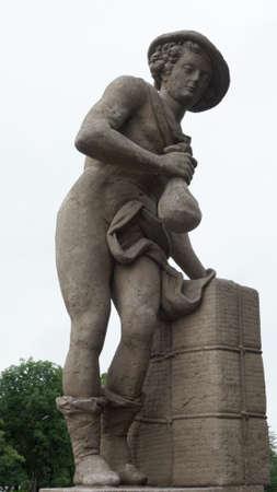 wayfarer: sculpture of a young european wayfarer man