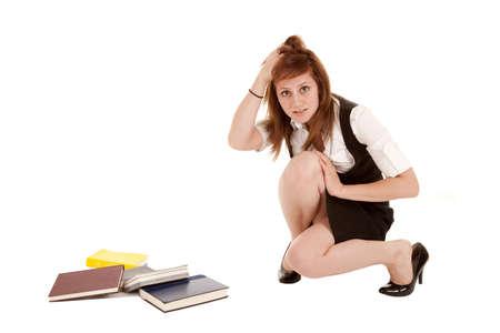 Une femme frustrée parce qu'elle vient de déposer ses livres. Banque d'images - 12092695