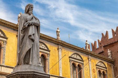 Statue of the great poet Dante Alighieri in Piazza dei Signori is a city square in Verona, Italy.
