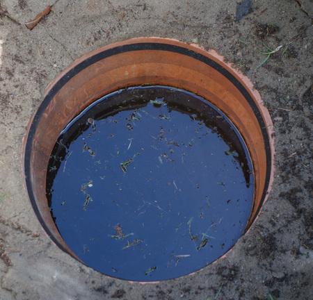 manhole: Drain gutter manhole for rain water collection