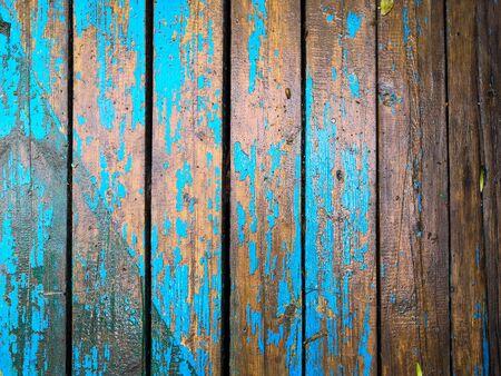 La vieja textura de madera marrón azul claro con fondo de patrones naturales
