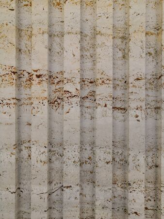 Abstract gold color painted on grunge rough surface of stucco concrete wall. Golden texture background and wallpaper. Banque d'images - 130748186