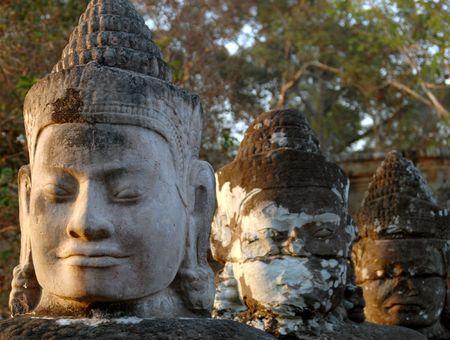 thom: faces at entrance Angkor Thom