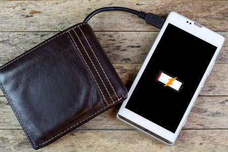 charge: wallet with energy charge, charging smartphone
