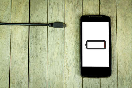 battery: Smart phone need to charge battery
