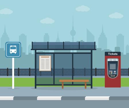 Alla fermata del bus con sfondo di città