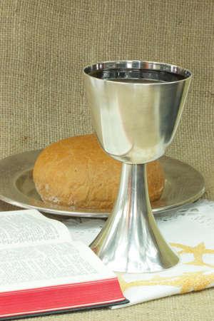 santa cena: Elementos de la cena Santos