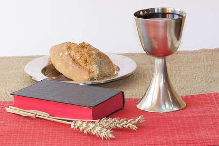 santa cena: Elementos Espirituales
