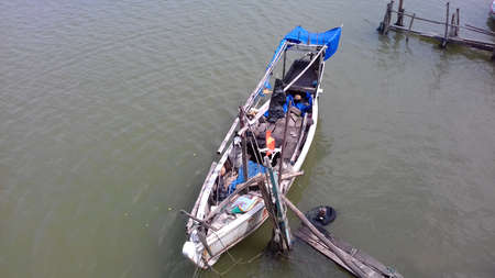 rivulet: a Traditional boat